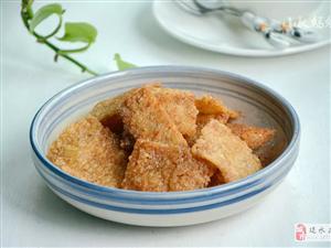 【美食分享】香辣�巴:剩米��身小零食,香辣酥脆,孩子可喜�g了