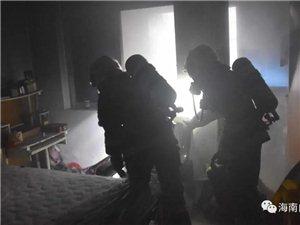 后怕!白沙一小区住房起火冒浓烟,原来是因为……