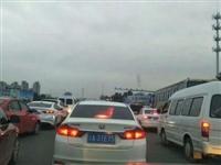 网友建议:潢川草湖路等路段堵车解决的关键还是在于....