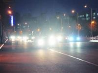 网友吐槽:去潢川火车站接人,结果一路上全是远光灯!