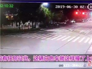 【马路你不走,非往路边撞】宁国发生一起车祸...