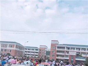 霍邱一中招生考试导致交通混乱,交管部门人去哪了?