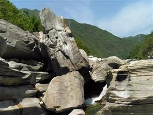 汉中又发现一发育完整的第四纪古冰川遗迹