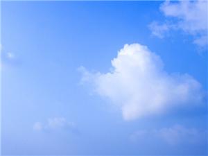 今天固始天�獠诲e,很久�]有看到�@�N吹著�L的�{天白云了,非常美!
