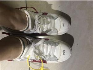 ���恚���衲憬裉炷_上穿的是啥子鞋子?我的是119的回力!