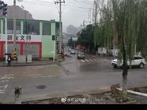 府谷城�^人民路、天化路公交�已全面恢�屯ㄐ校�