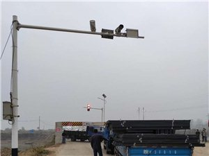 东湖闸便桥限高限住了谁,安全谁负责?