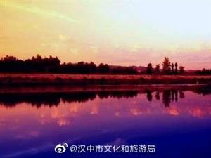 秦�X深���水河,小河����向南流,城固�h的母�H河