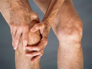 老人膝痛�e忍耐