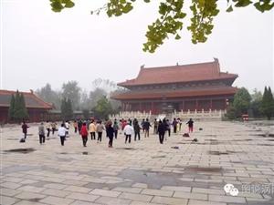 上海市老年大学老子故里朝拜团访问涡阳天静宫