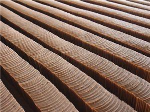 建水临安青砖瓦厂用传统炉窑焙烧等工艺组织生产