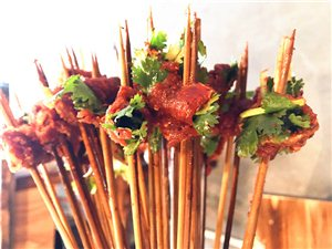 牛肉与香菜搭配!蓬溪这家串串香火了!