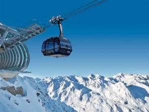 白色阿��卑斯,�W地利滑雪之旅