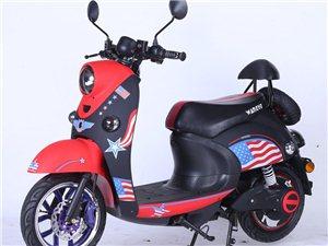 有一批全新的炫酷踏板车低价出售,款式齐全,价格便宜
