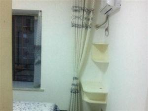 富豪山庄3室2厅118平米精装修押一付三