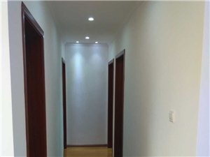 師大附中學區房長江路地鐵站口綠地外灘公館精裝修3室