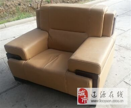 纯皮实木沙发