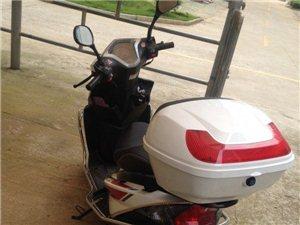 速出售125踏板车