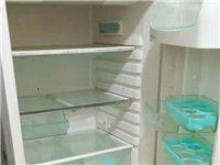 因装修,故出售冰箱一台,速来