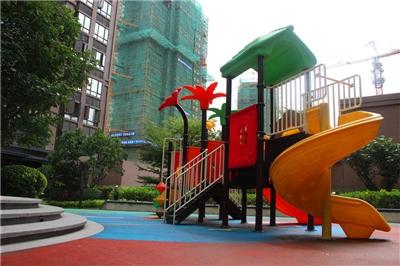 16年8月8日一期小区儿童玩乐项目