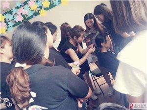 【阜新市龙摄影化妆学校】梅子老师个人形象化妆专题课
