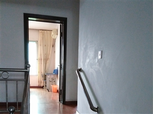 交通局宿舍三室二厅电话15892262986