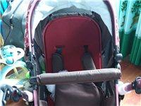 爱宝莱高景观婴儿推车,可坐可躺,双向四轮避震,可折叠,篮子可取,篮子上有一边卡扣弹簧掉了,但不影响使...