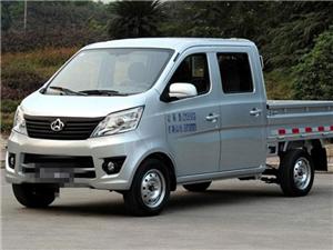 出售九成新长安双排小货车一辆