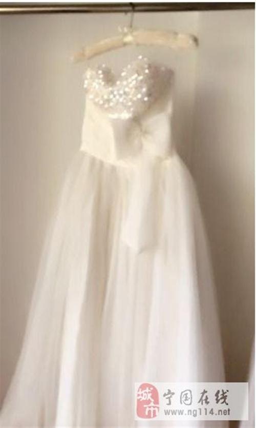 本店已转 所有婚纱礼服 对外出售
