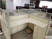 出售95成新1.8m大魚缸、4人位辦公桌、椅2套