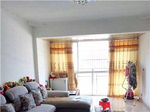 出售新现代化小区凤凰城住房一套直接领包入住