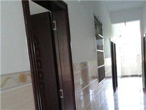 新单间套房出租,免费WIFI,拎包入住。
