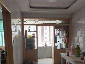 東方龍城3房精裝家具齊全15000一年領包入住