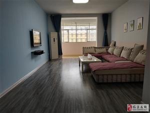 城南小区3室2厅1卫1500元/月