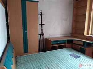 朝阳小区2楼2室2厅1卫1000元/月