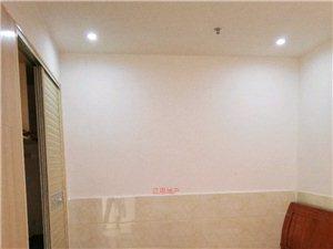 陽光龍苑3室1廳1衛1500元/月
