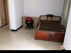 龙翔国际2室4厅4卫3500元/月
