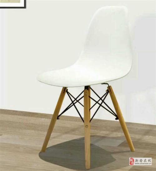 """处理:网红""""伊姆斯椅""""椅子"""