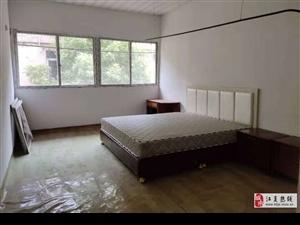 江夏大道简装三房家具可配齐只租1000元/月
