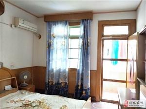 桐城北街旁伊园街2室1厅1卫精装950元/月
