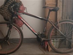 宝马半新自行车,车刹坏了,车头不稳定,99元售卖