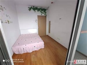 瑞鸿名邸2室1厅1卫3300元/月