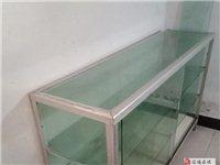 處理庫存實木折疊餐桌、升降椅及二手玻璃柜
