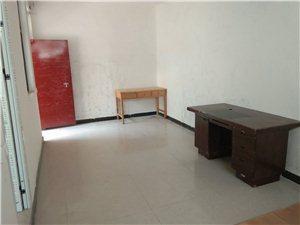 宝丰县姜湾村1室0厅1卫400元/月/长期优惠