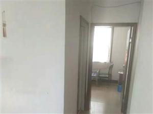 盛世華城2室1廳9000元/年低樓層領包入住