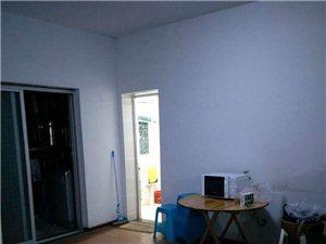 世纪桃园3室2厅2卫1000元/月
