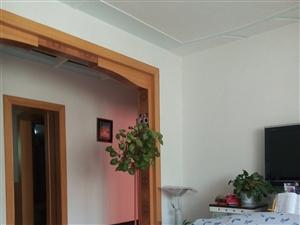 兰新小区2室2厅1卫1800元/月