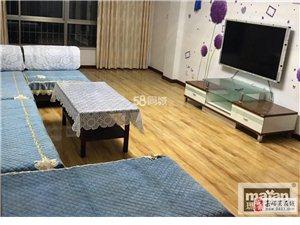 润泽园3楼120平3室2厅1卫2300元/月