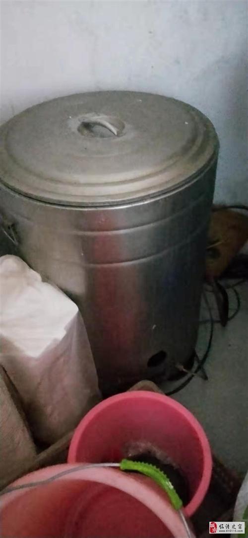 出售用了一年桶,蒸箱。