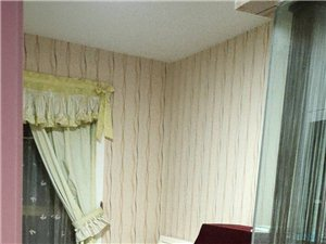 紫轩一期3室2厅1卫2000元/月。精装修